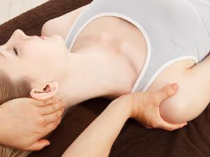 要想身材好 肩膀训练不容忽视